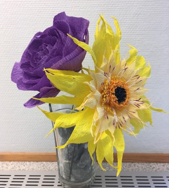 Blomster af Crep papir
