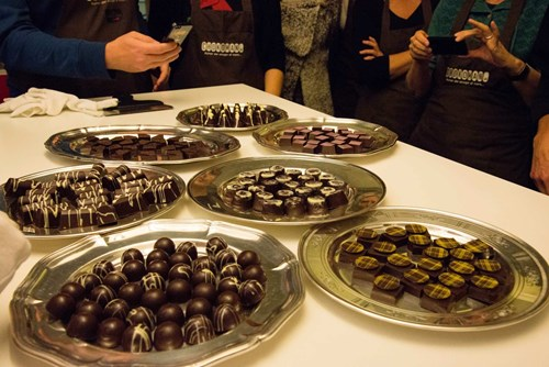 Fyldt chokoladekursus med forme